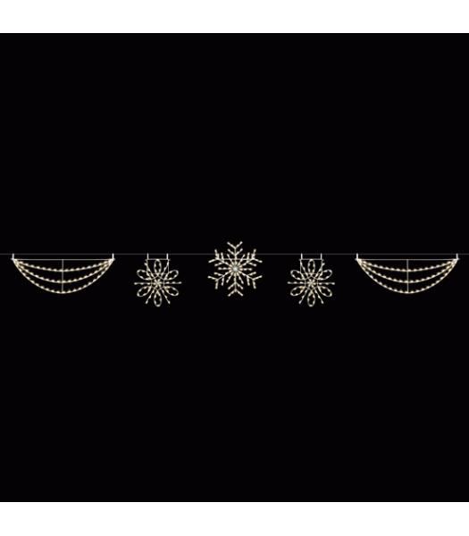 40' Traditional Snowflake Skyline