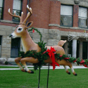 Giant Deer with Base (Legs Down)