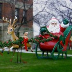 Giant Santa & Reindeer Team